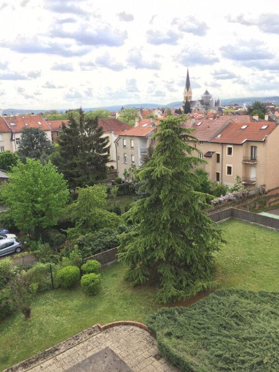 Appartement à louer 2 50m2 à Metz vignette-1