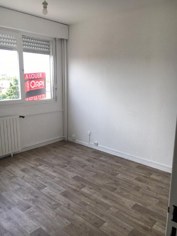 Appartement à louer 2 50m2 à Metz vignette-4