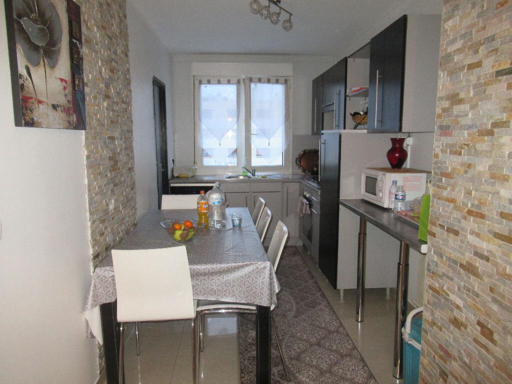 Appartement à louer 5 86m2 à Laxou vignette-3