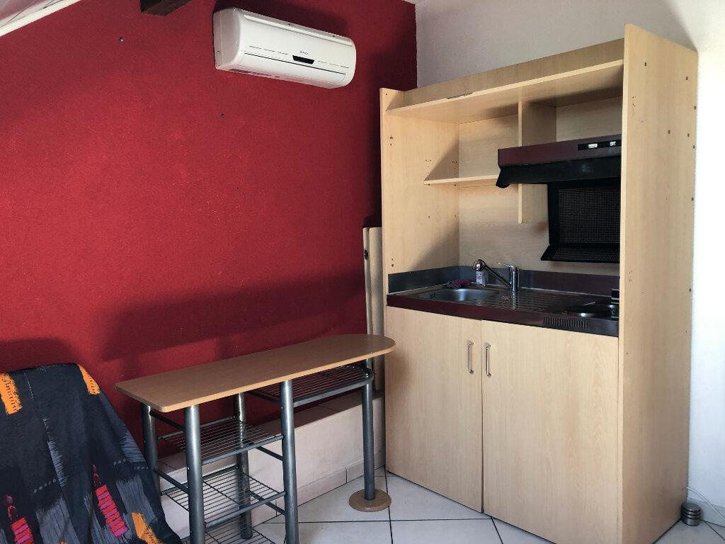 Appartement à louer 1 15m2 à Montigny-lès-Metz vignette-3