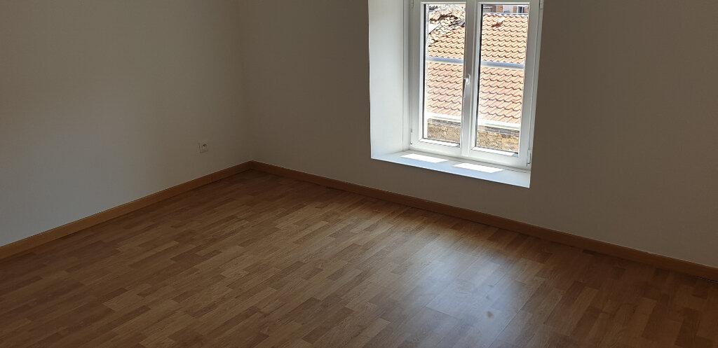 Maison à louer 4 84m2 à Saint-Mihiel vignette-2