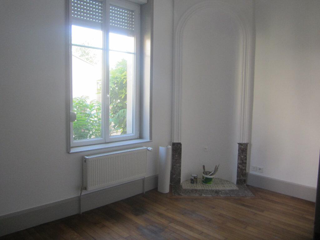 Appartement à louer 3 74m2 à Nancy vignette-4