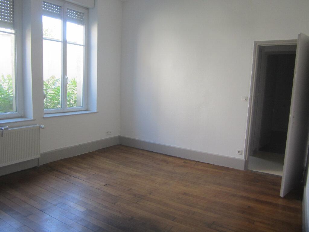 Appartement à louer 3 74m2 à Nancy vignette-6