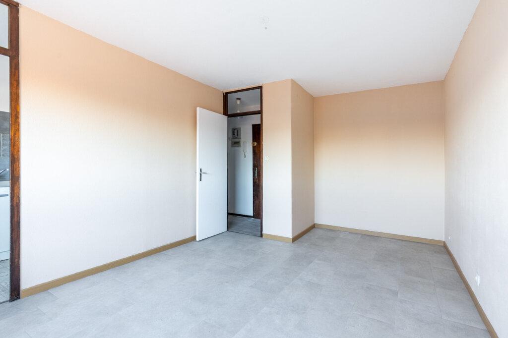 Appartement à vendre 1 25m2 à Nancy vignette-3