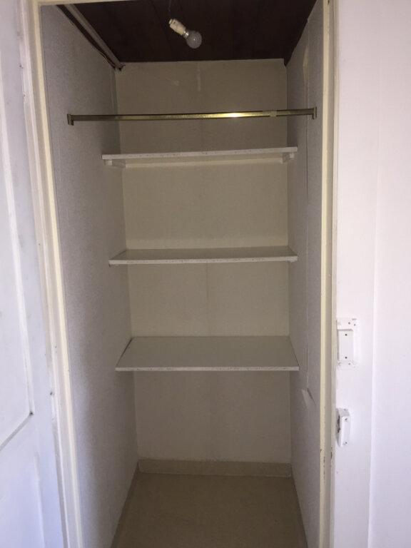 Appartement à louer 1 20.3m2 à Nancy vignette-4