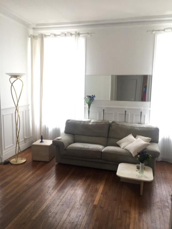 Appartement à louer 4 77.87m2 à Nancy vignette-1