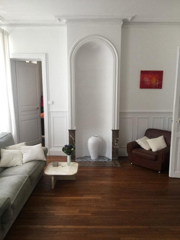Appartement à louer 4 77.87m2 à Nancy vignette-2