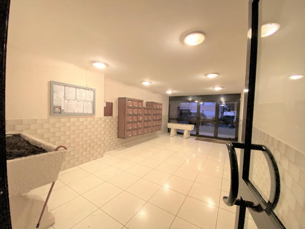 Appartement à vendre 2 47m2 à Metz vignette-7