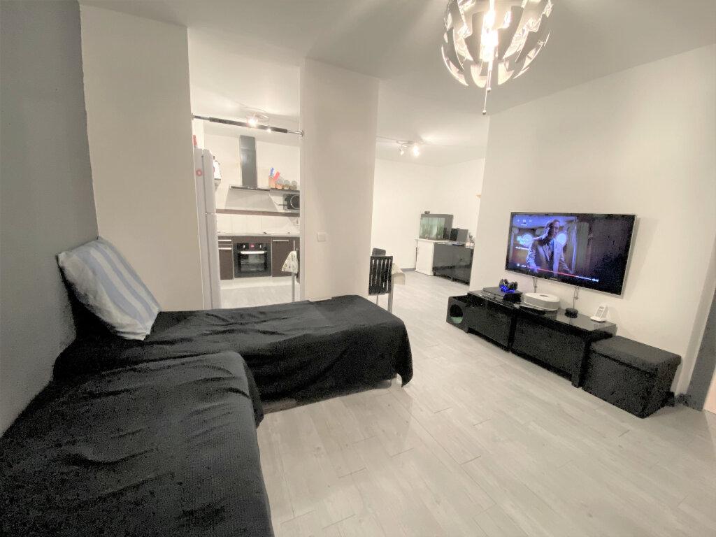 Appartement à vendre 2 47m2 à Metz vignette-15