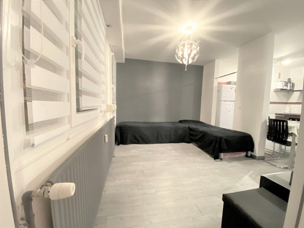 Appartement à vendre 2 47m2 à Metz vignette-17