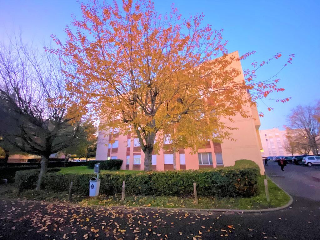 Appartement à vendre 2 47m2 à Metz vignette-18