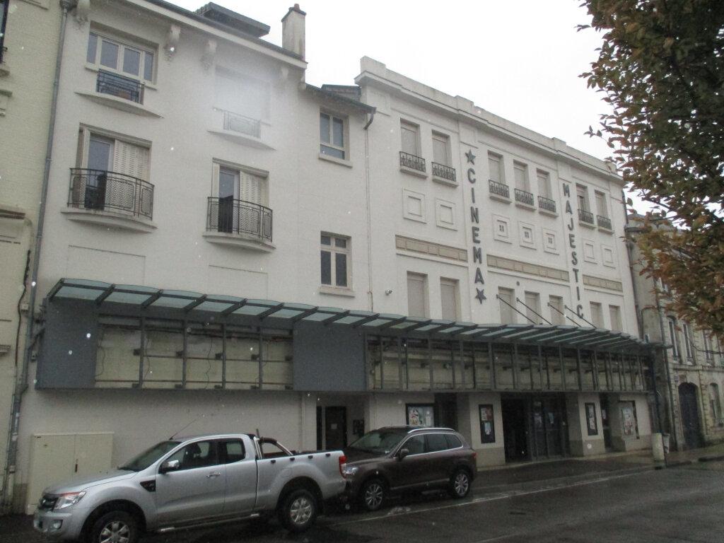 Immeuble à vendre 0 513m2 à Verdun vignette-1