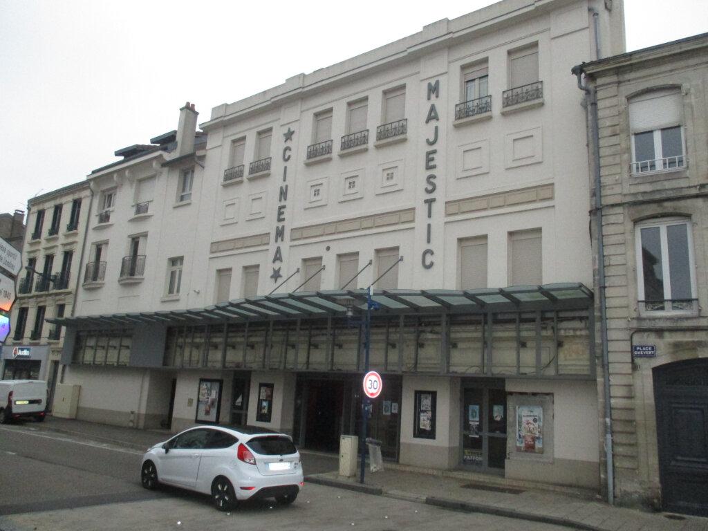 Immeuble à vendre 0 513m2 à Verdun vignette-2