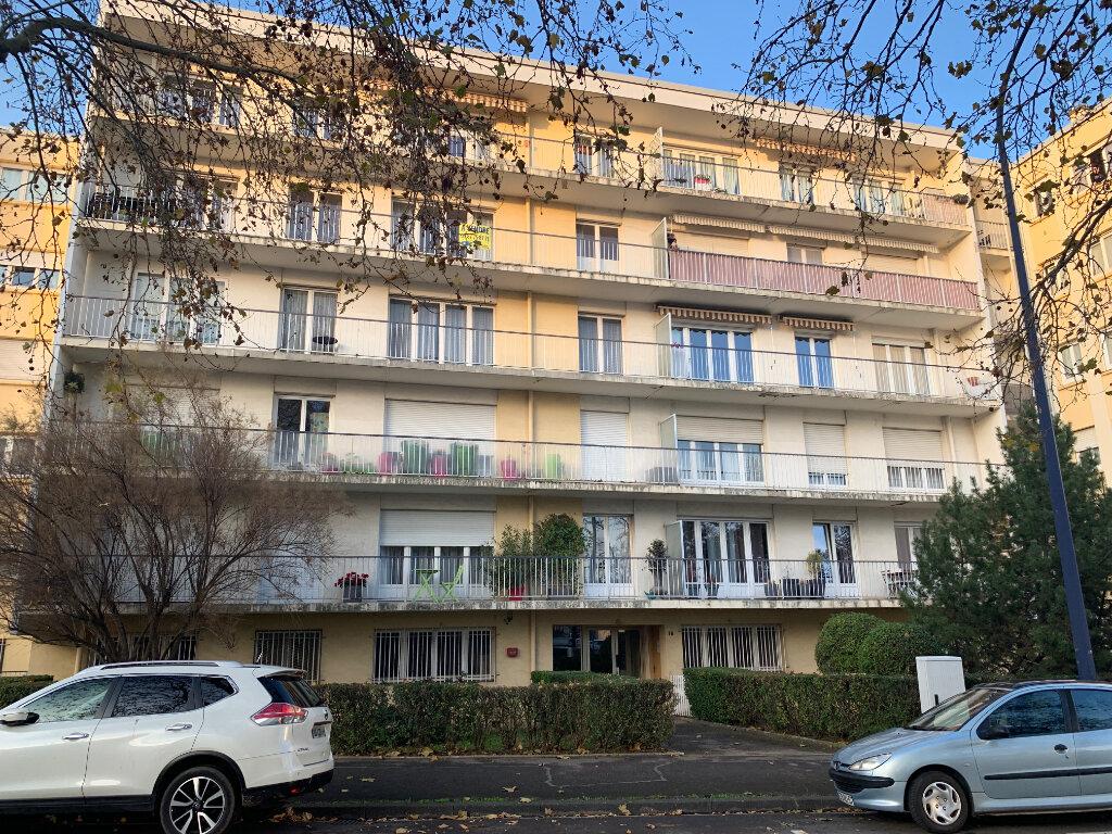 Appartement à louer 1 32.61m2 à Metz vignette-2