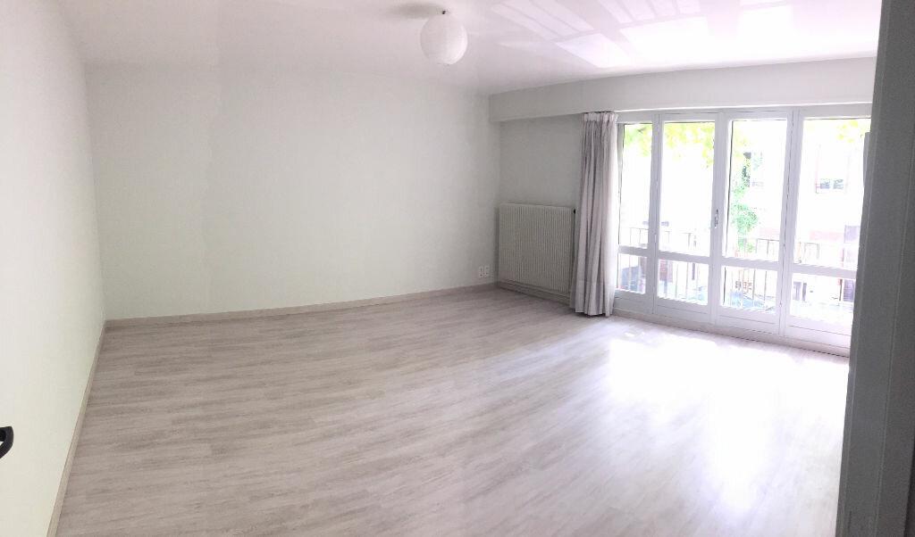 Appartement à louer 4 79.88m2 à Nancy vignette-1