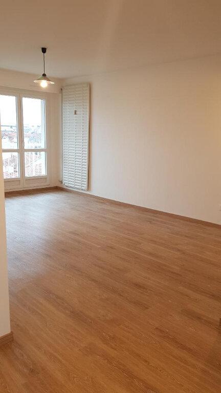 Appartement à louer 3 70m2 à Nancy vignette-2