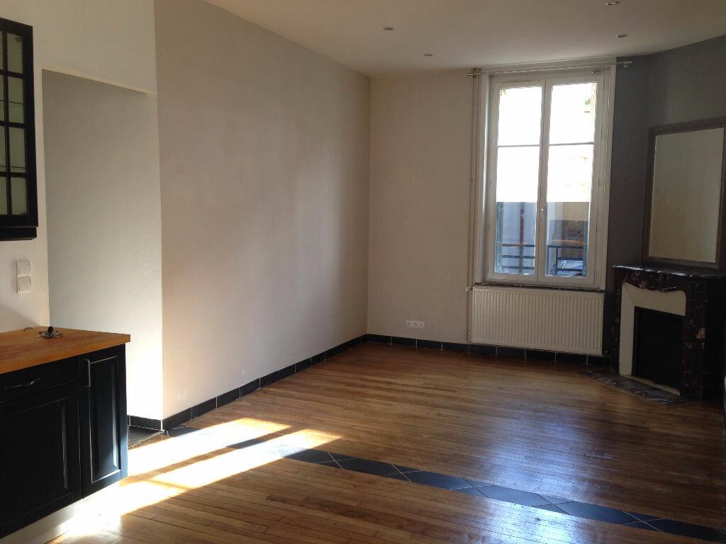Appartement à louer 3 67m2 à Nancy vignette-3