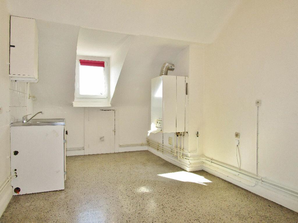 Appartement à louer 2 49.33m2 à Metz vignette-4
