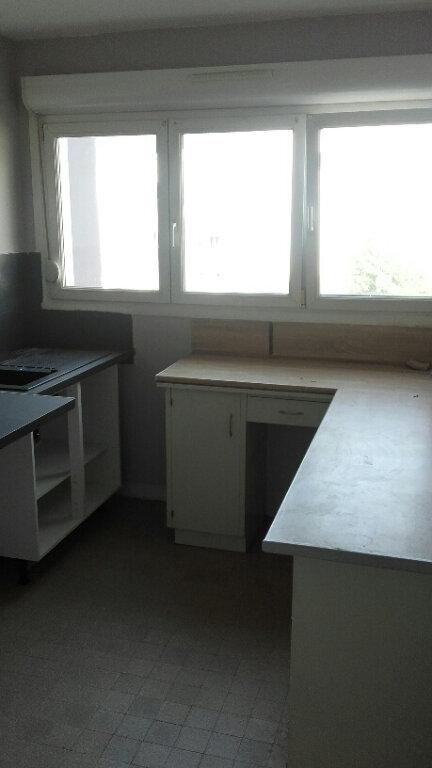 Appartement à louer 3 57.33m2 à Nancy vignette-6