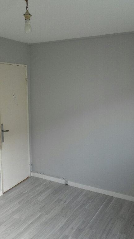 Appartement à louer 3 57.33m2 à Nancy vignette-8