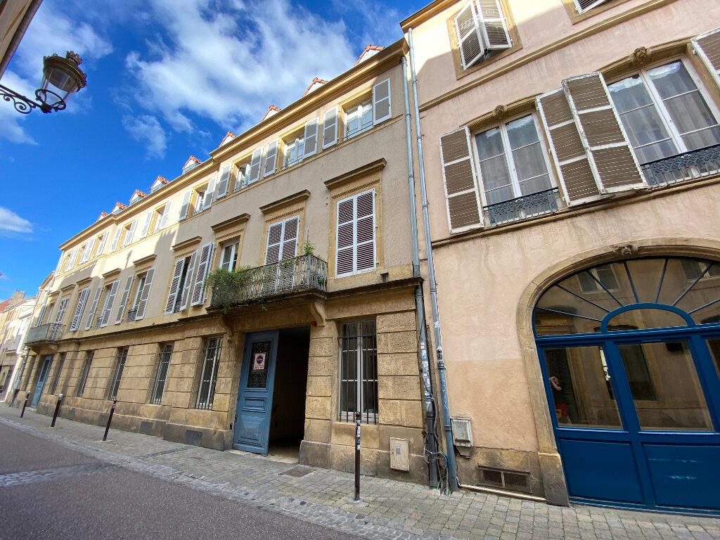 Appartement à louer 3 80m2 à Metz vignette-1