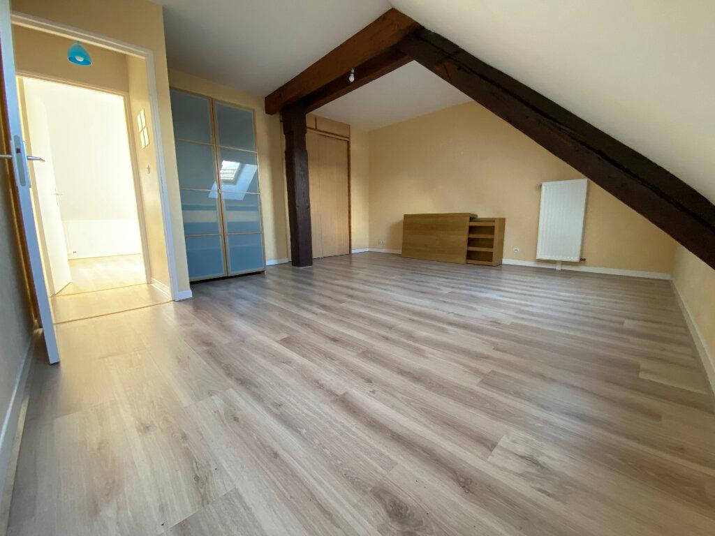 Appartement à louer 3 80m2 à Metz vignette-6