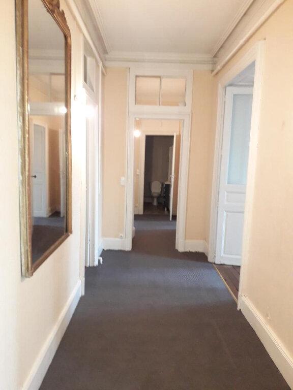 Appartement à louer 5 139.72m2 à Nancy vignette-4