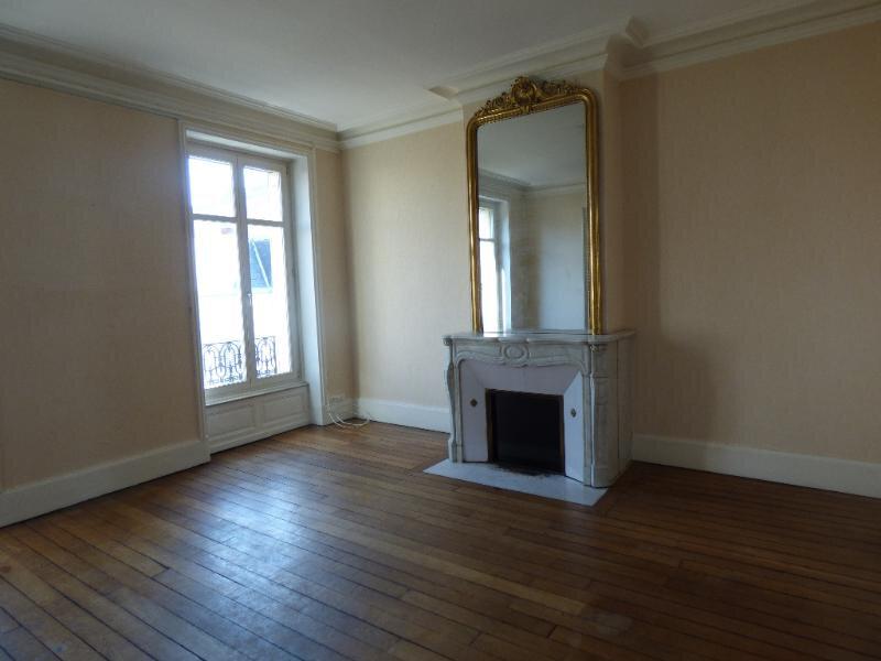 Appartement à louer 5 139.72m2 à Nancy vignette-5
