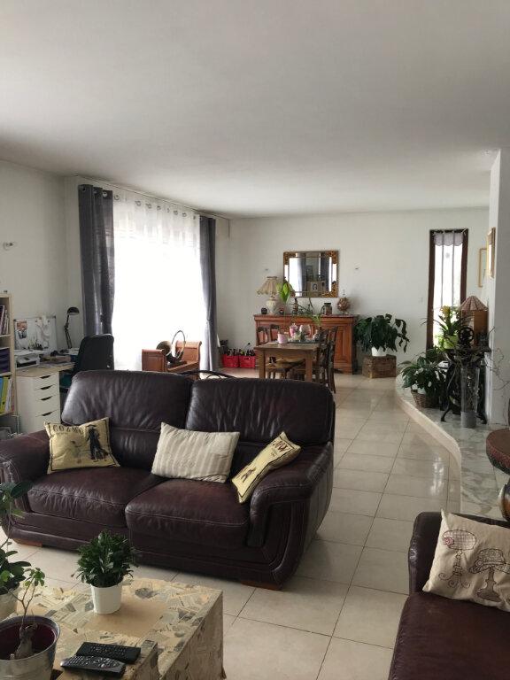Appartement à louer 6 180m2 à Metz vignette-8