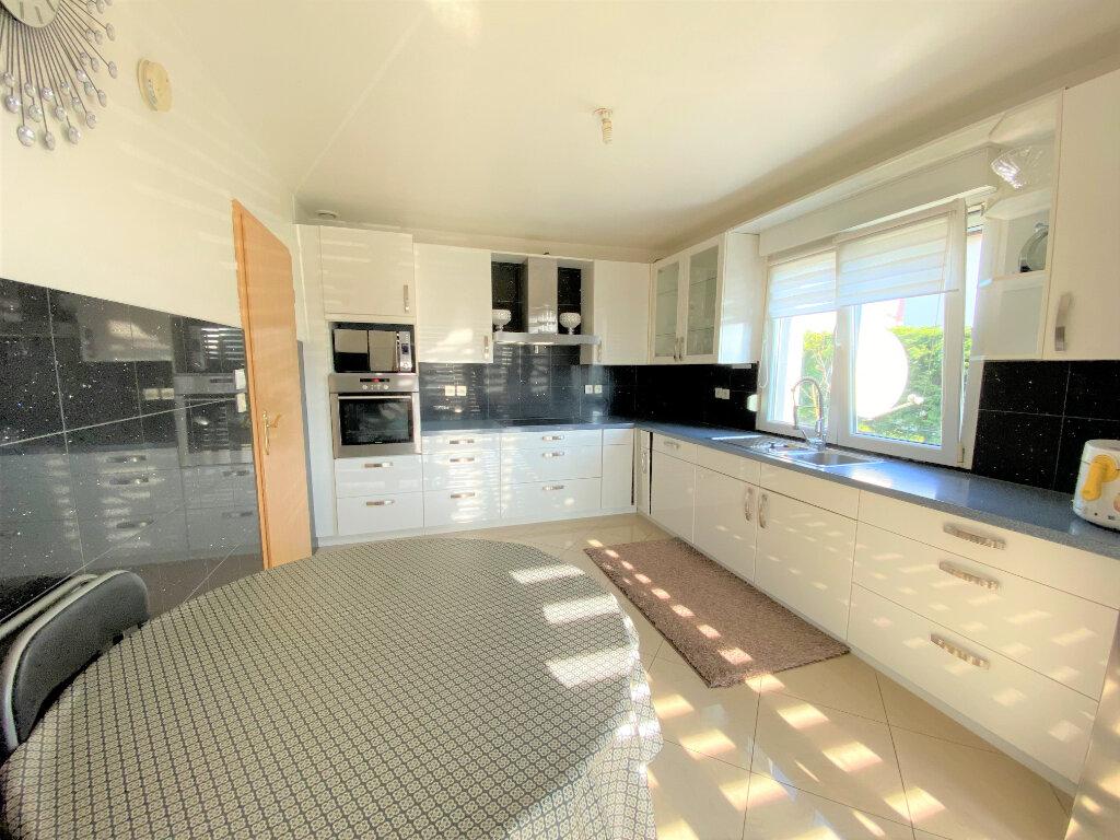 Appartement à vendre 6 124m2 à Metz vignette-2