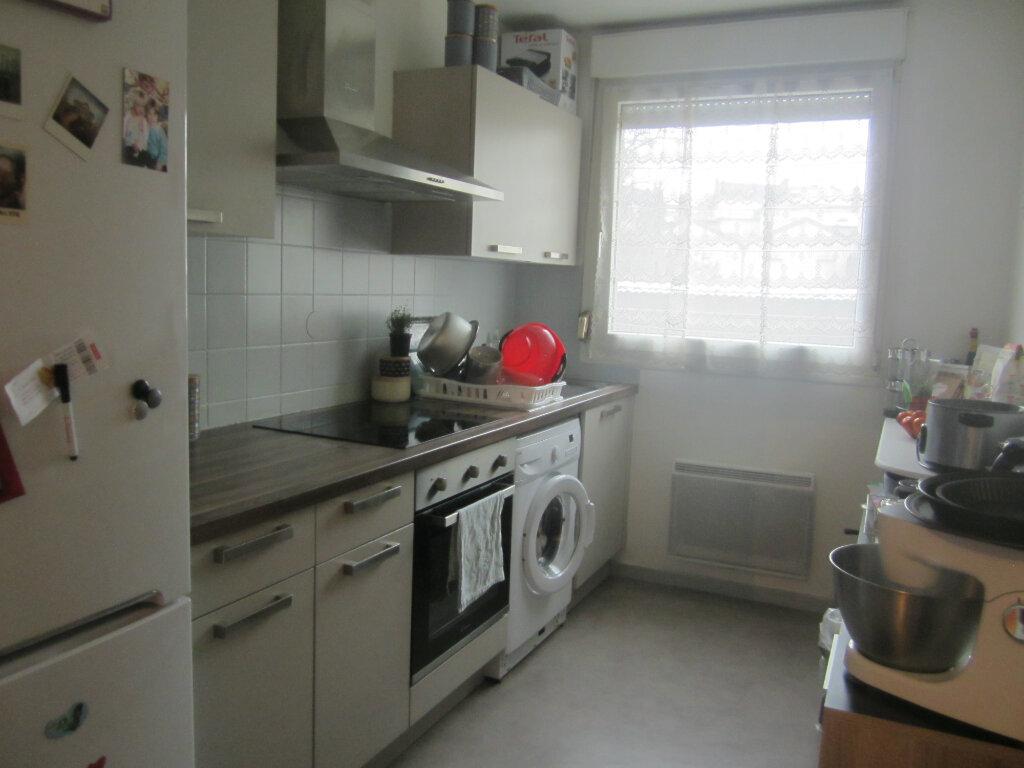 Appartement à louer 3 67.55m2 à Nancy vignette-2