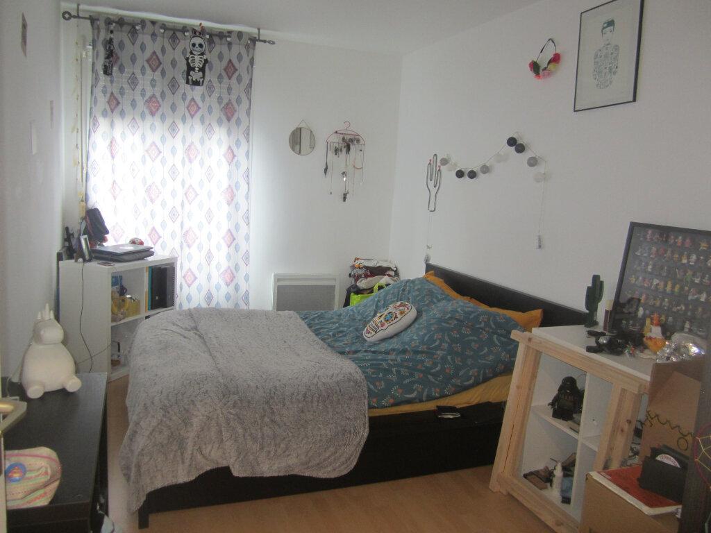 Appartement à louer 3 67.55m2 à Nancy vignette-3