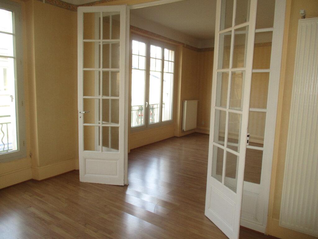 Immeuble à vendre 0 518m2 à Verdun vignette-6