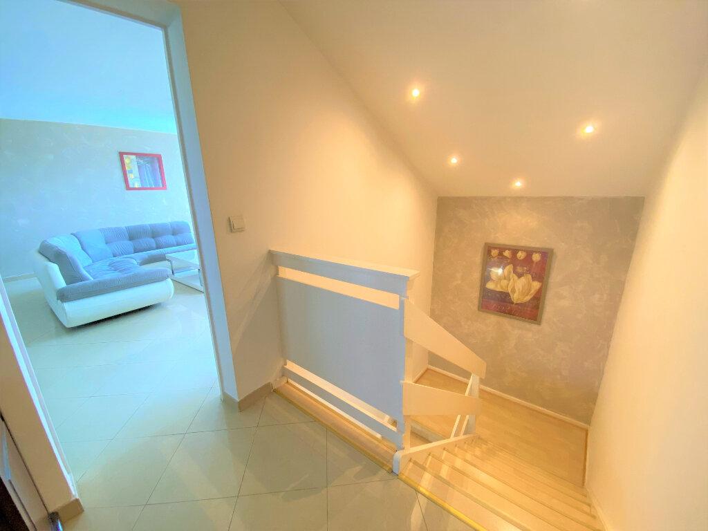 Maison à vendre 6 121.05m2 à Verny vignette-15