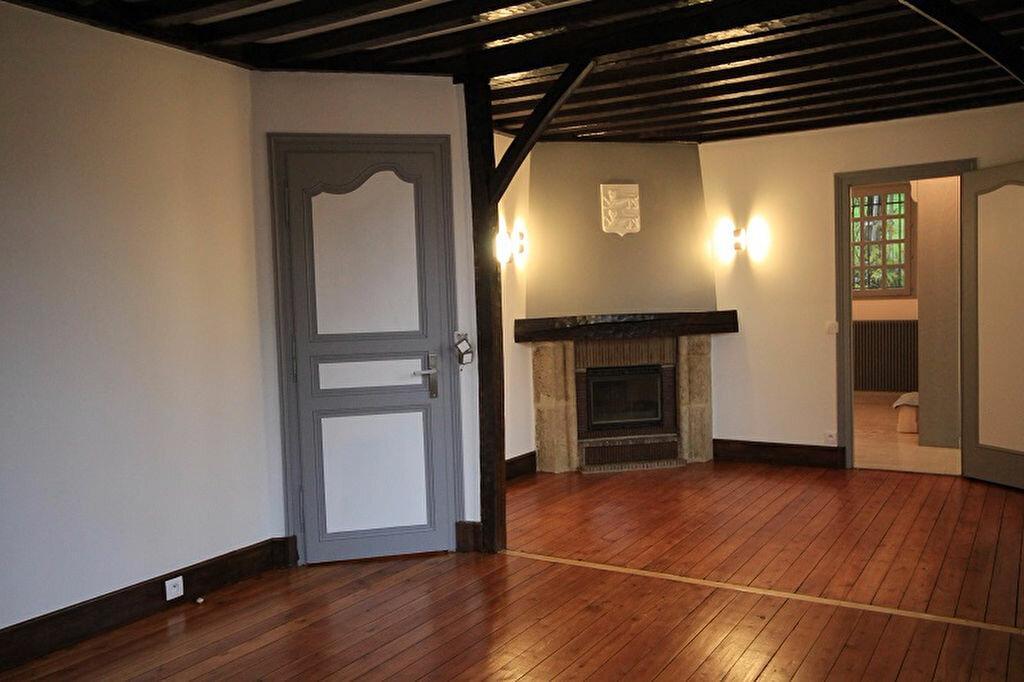 Maison à louer 3 93m2 à Trouville-sur-Mer vignette-3