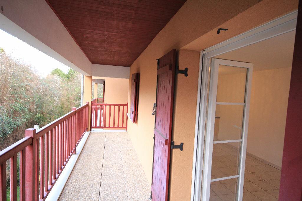 Appartement à louer 2 49.78m2 à Saint-Arnoult vignette-1