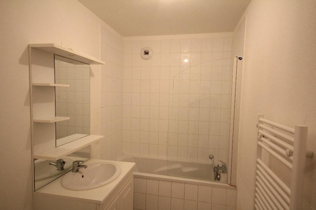 Appartement à louer 2 49.78m2 à Saint-Arnoult vignette-6