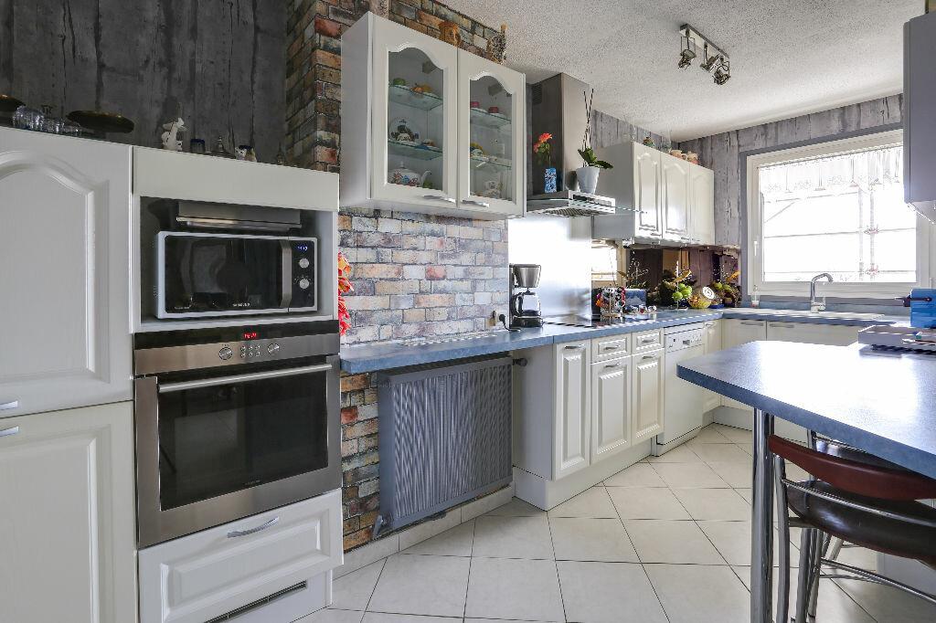 Appartement à vendre 5 112m2 à Trouville-sur-Mer vignette-3