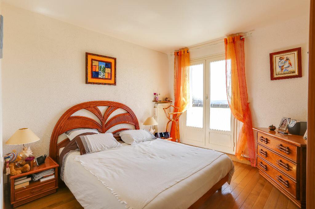 Appartement à vendre 5 112m2 à Trouville-sur-Mer vignette-6