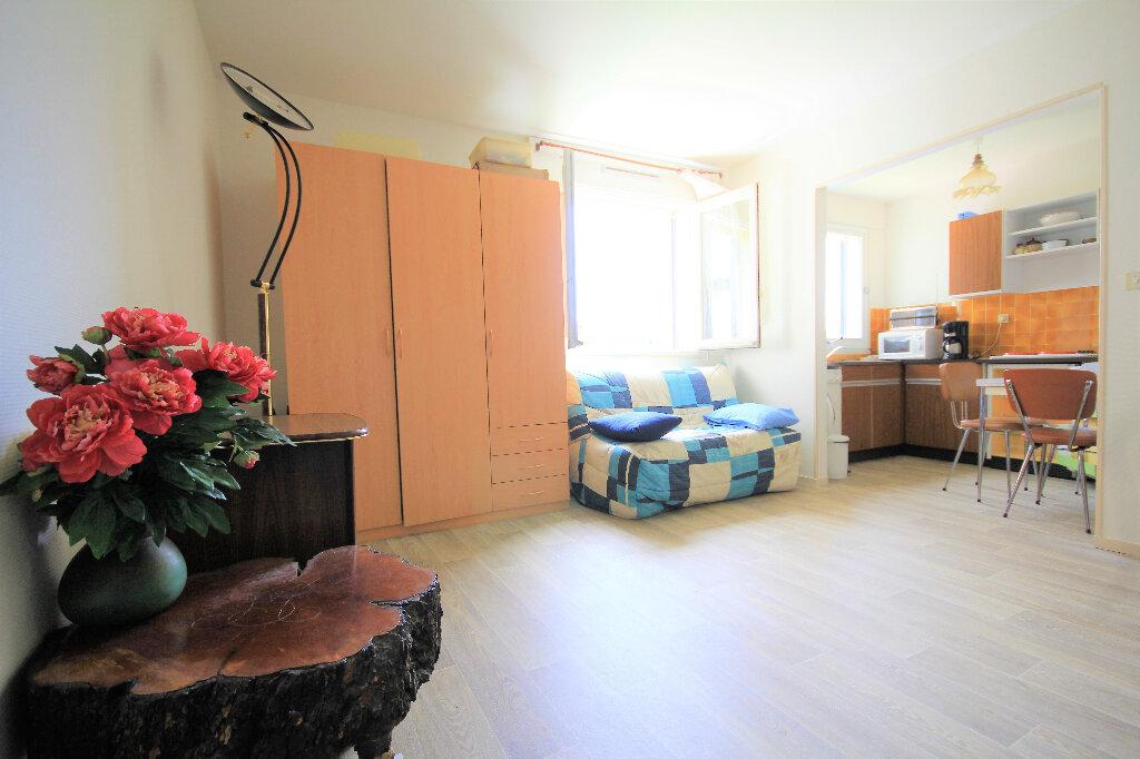 Appartement à vendre 1 30m2 à Deauville vignette-5