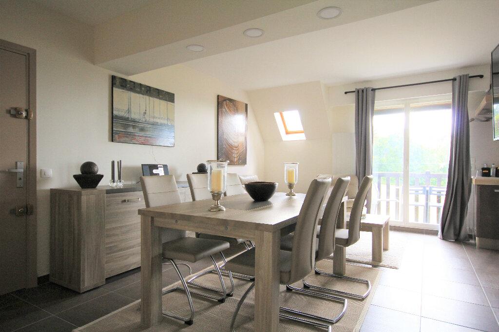Appartement à vendre 4 65.84m2 à Tourgéville vignette-1