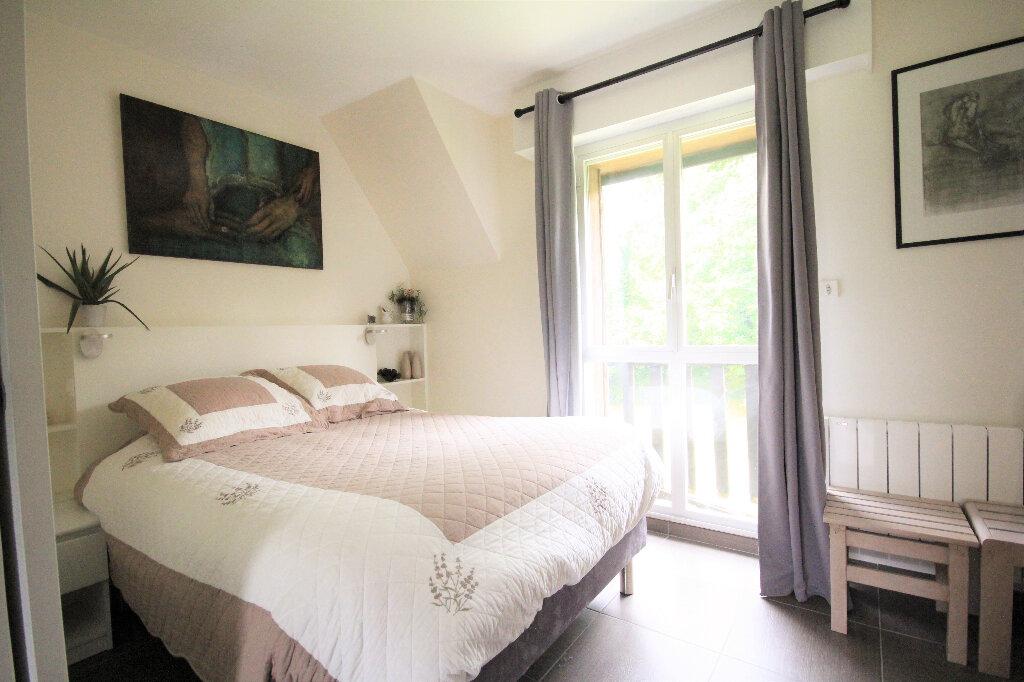 Appartement à vendre 4 65.84m2 à Tourgéville vignette-5
