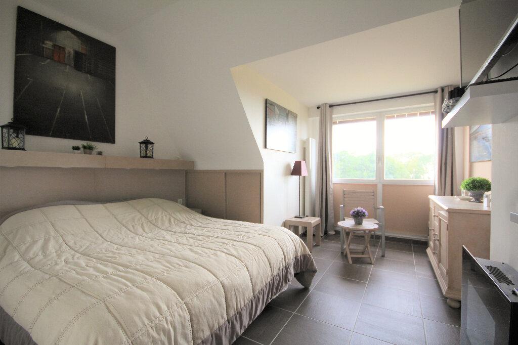 Appartement à vendre 4 65.84m2 à Tourgéville vignette-9
