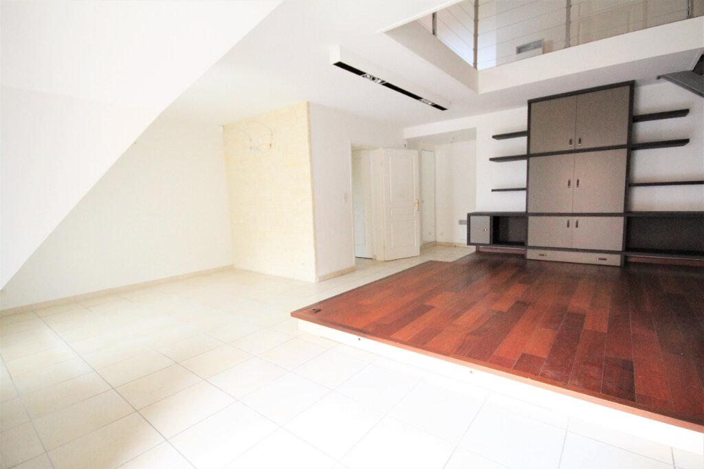 Appartement à vendre 4 96.25m2 à Deauville vignette-1