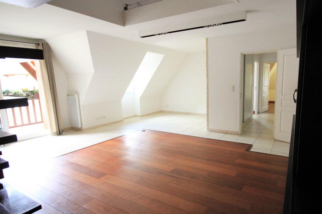 Appartement à vendre 4 96.25m2 à Deauville vignette-2