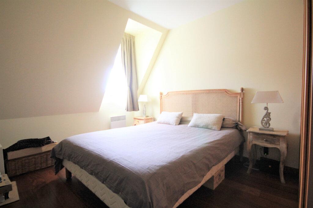 Appartement à vendre 4 96.25m2 à Deauville vignette-8