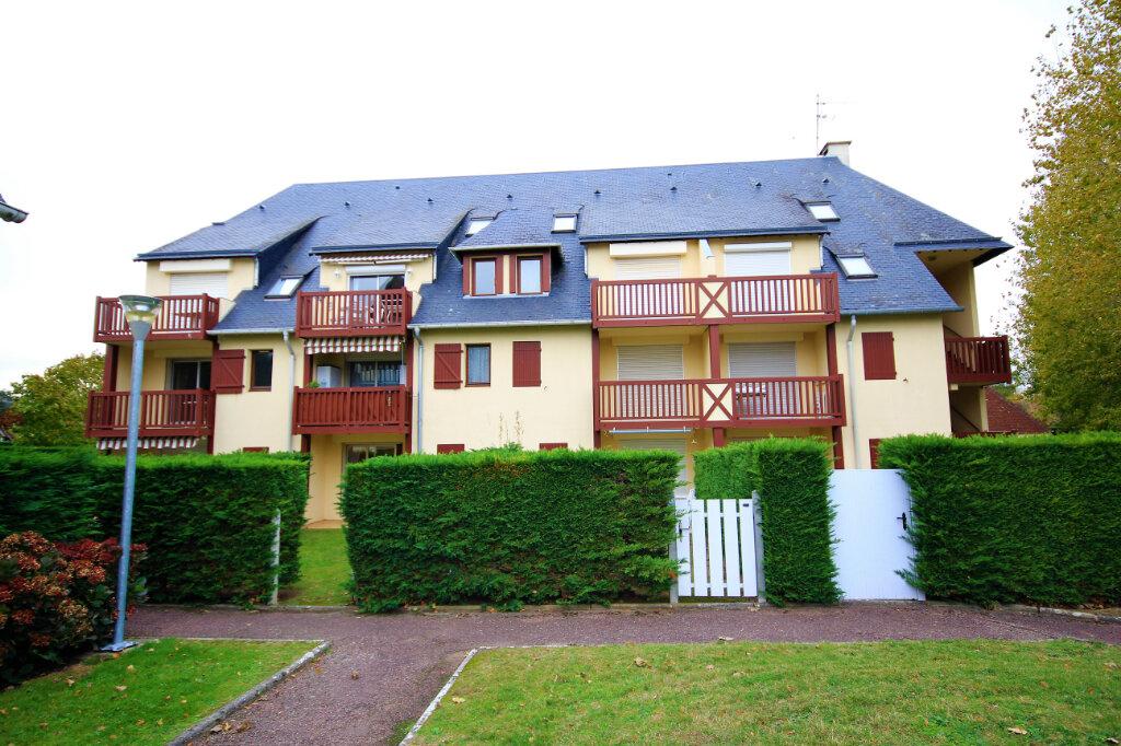 Appartement à vendre 2 30m2 à Tourgéville vignette-1