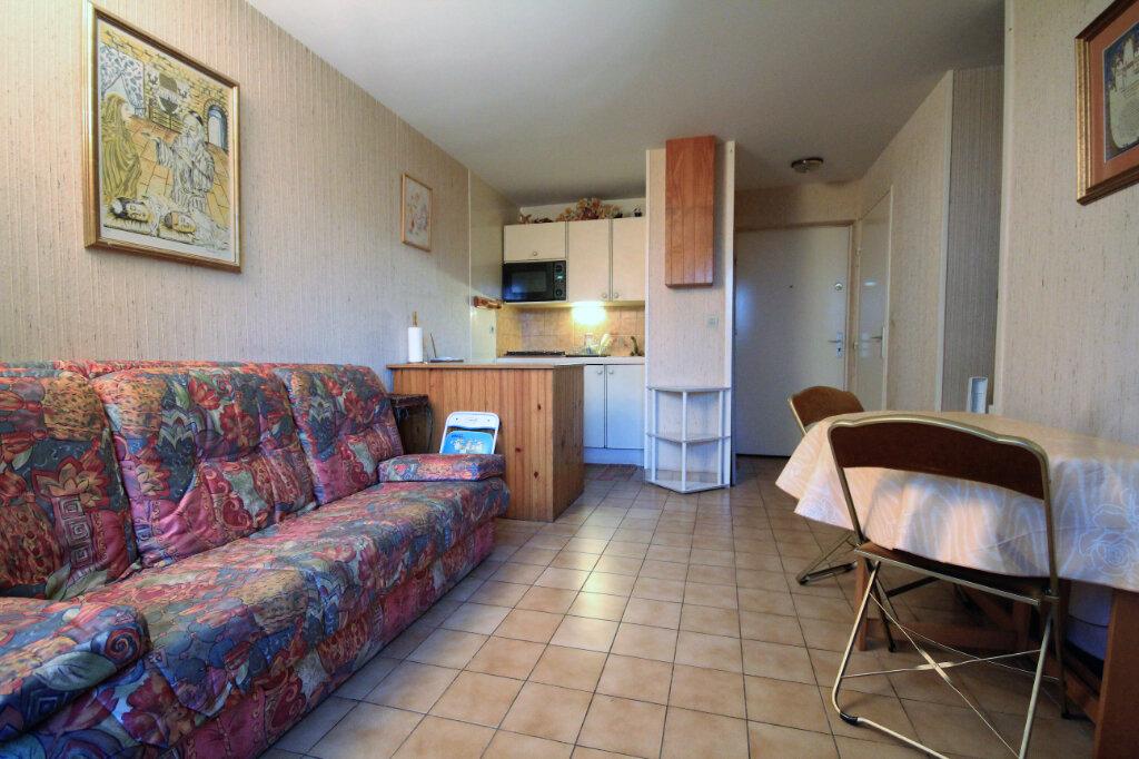 Appartement à vendre 2 30m2 à Tourgéville vignette-3