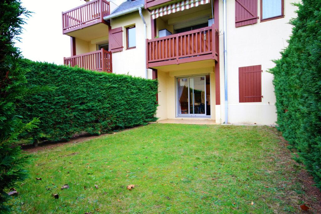 Appartement à vendre 2 30m2 à Tourgéville vignette-4