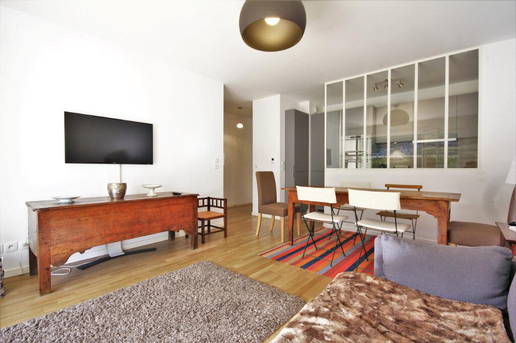 Appartement à vendre 3 63m2 à Deauville vignette-2